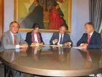 La CHG y la Diputación firman un convenio para el control del mejillón cebra