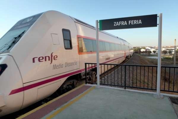 Renfe cuadruplica su oferta de plazas para viajar a Zafra con motivo de la Feria Internacional Ganadera