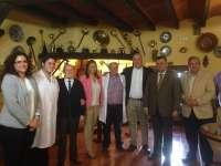 Serrano visita la empresa Jamones Rute, una de las diez acreditadas con la Marca Parque Natural en la Subbética