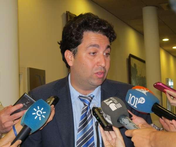 JEC dice que no le corresponde resolver sobre Lucena, pero que el criterio general es aplicar incompatibilidad