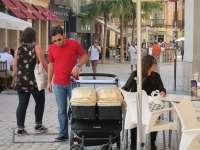 Castilla-La Mancha registró 7.709 permisos de maternidad y 7.361 de paternidad hasta el mes de septiembre