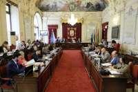El PP y la oposición vuelven a evidenciar su desencuentro en la polémica de la Gerencia de Urbanismo
