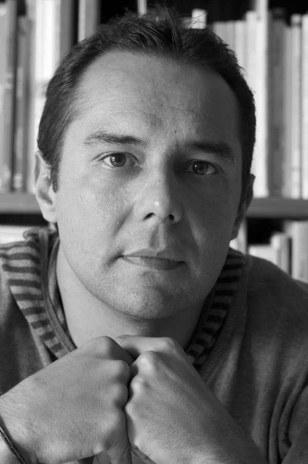 Víctor Álamo de la Rosa gana el Premio de Novela Benito Pérez Armas