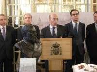 Un libro recoge la historia del Palacio de los Chávarri, que cumple 120 años