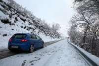 La nieve mantiene cerrado Lunada y obliga a cadenas en Alto Campoo, Palombera y Estacas de Trueba