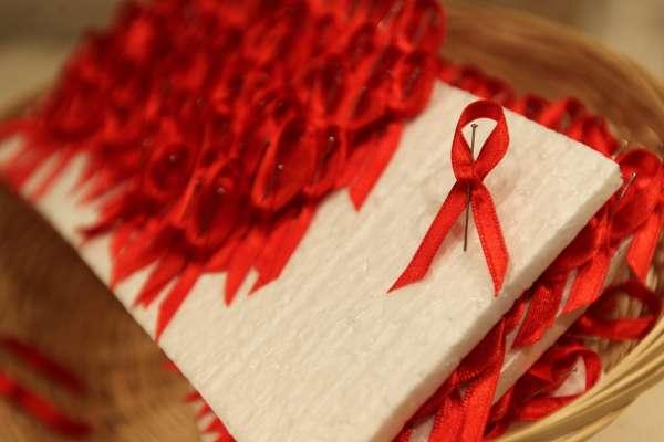 El tratamiento del VIH/Sida cuesta una media de 8.000 euros por persona al año