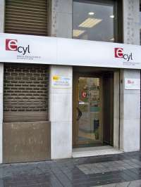 Castilla y León registró 270.838 demandantes de empleo en noviembre, un 9,41 por ciento menos que en 2013