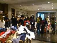 Siete de cada diez canarios retrasan sus compras navideñas para aprovechar las rebajas