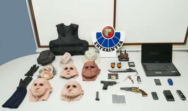 Arrestados dos presos de El Dueso por atracar cuando estaban de permiso carcelario