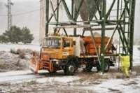 Fomento moviliza 35 máquinas quitanieves ante la previsión de nevadas por encima de los 500 metros