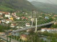 Cuatro heridos leves en los 30 accidentes registrados durante el fin de semana en Asturias