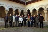 Parlamentarios visitan las obras del claustro de la Catedral de Tudela