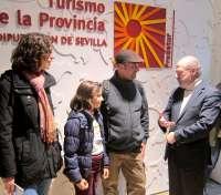 Villalobos recibe al visitante medio millón de 2014 y aboga por impulsar el turismo de cine y familiar