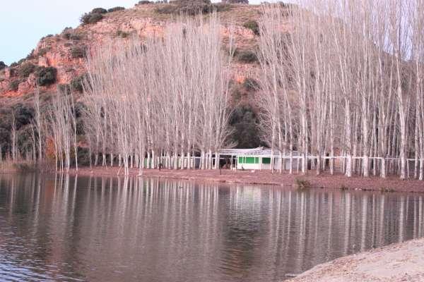 Editan un libro como homenaje a las 7 Maravillas Naturales de España de 2014, entre las que están Las Lagunas de Ruidera