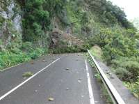 La carretera de El Rejo (La Gomera) sufre un nuevo desprendimiento