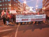 Medio millar de personas se manifiestan en Narón (A Coruña) contra los despidos de Megasa