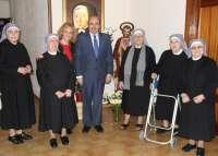 La Diputación contribuye con la Congregación de las Hermanitas de los pobres en favor de los más necesitados