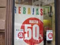 Comercios valencianos prevén mejores rebajas que en 2014 tras aumentar ventas un 3% en Navidad