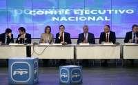 Rajoy dice que cuenta con encuestas que dan ganador al PP en las elecciones municipales y autonómicas