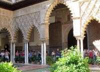 La Alhambra mantiene activados los protocolos de seguridad tras el atentado terrorista en París