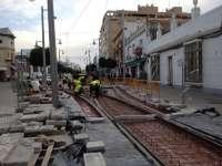 Junta inicia la sustitución de losas en el eje peatonal del tranvía de la Bahía por la calle Real de San Fernando