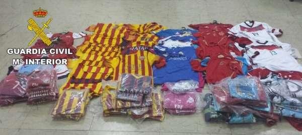 Detenido en Fuerteventura por vender prendas deportivas falsas
