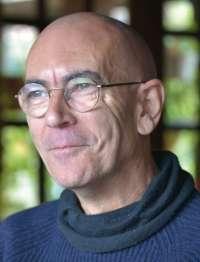 Emilio Carrillo presenta este viernes su nuevo libro, 'Sin mente, sin lenguaje, sin tiempo'