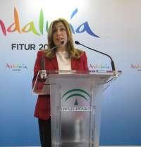 Díaz prevé un crecimiento del 5% de turistas en Andalucía en 2015, después de