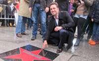 David Bustamante inaugura el 'Paseo de la Fama' del barrio Tetuán de Santander