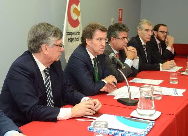Feijóo busca oportunidades en Colombia en sectores como la automoción, las TIC, la conserva y el textil