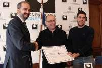 San Sebastián recibe el reconocimiento a
