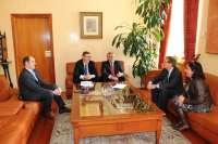 El alcalde de Talavera de la Reina pide al rector de la UCLM el aumento de la oferta universitaria en la ciudad