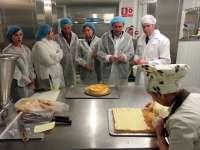 El PSOE defiende al sector agroalimentario como