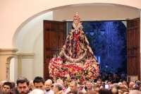 Gerberas y margaritas para la Virgen de la Fuensanta, que este lunes estará en la Catedral