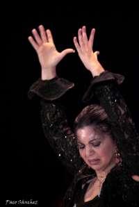 Juana Amaya lleva este martes su espectáculo 'Morón baila' al Teatro Central