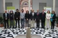 Antonio Muñoz Molina, Fernando Valverde y Manuel Moya reciben en Granada los Premios Andalucía de la Crítica