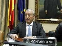 Gómez Pomar insiste en que la línea Santander-Madrid seguirá como estaba y en el recorte final de una hora del trayecto