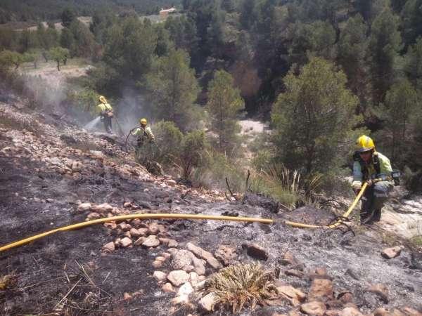 Extinguido un conato de incendio forestal en el nacimiento del Río Mula