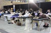 La feria Natura Málaga bate un récord nacional de quiromasajes simultáneos, con más de un centenar