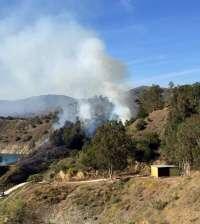 Controlado un incendio en la zona del embalse del Limonero en la capital
