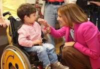 Cospedal agradece a las asociaciones de discapacitados la