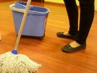 UGT y CC.OO piden a la patronal de la limpieza retomar el