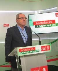 PSOE-A replica a Moreno que