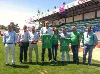 El PP de Extremadura se compromete a aumentar el patrocinio al Villanovense en caso de ascender a Segunda