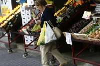 Las ventas del comercio minorista bajan un 0,3 por ciento en abril en Extremadura