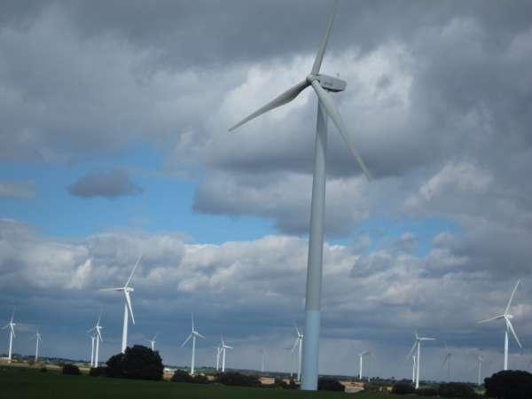 Iberdrola incrementa un 3,8% la producción de energía de sus parques eólicos en el País Vasco hasta mayo