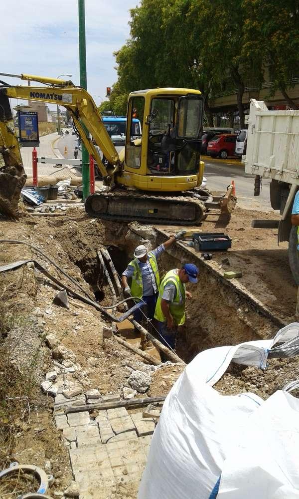 Restablecido el servicio de agua potable en la calle Llucmajor de la barriada del Molinar
