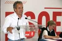Elegido por aclamación a Julio García para liderar el PSOE en la Diputación de Guadalajara
