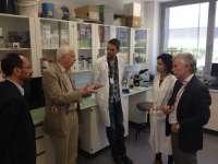 Jean-Marie Lehn, Premio Nobel de Química, visita el Centro Andaluz de Nanomedicina y Biotecnología