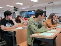Casi 1.000 alumnos acuden a la convocatoria de julio de la PAU en Asturias